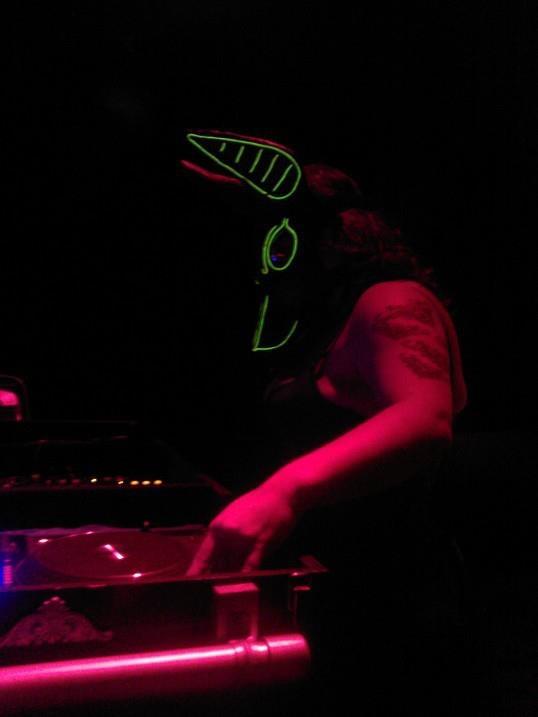 DJ Neshamah on the Decks at NOX 1